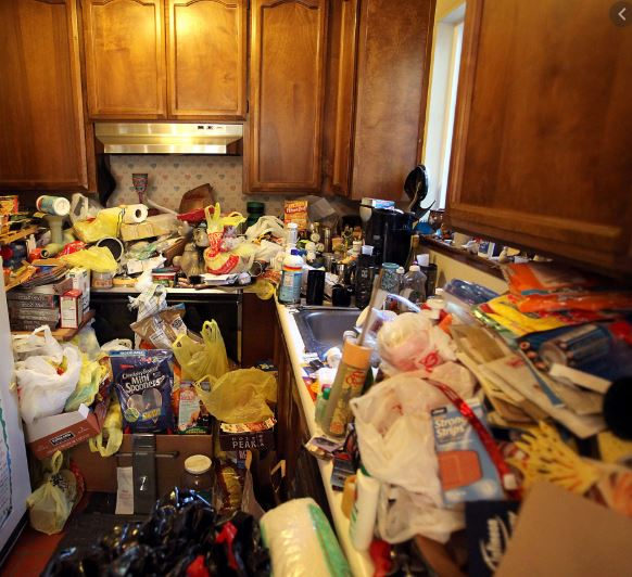 cluttered-house